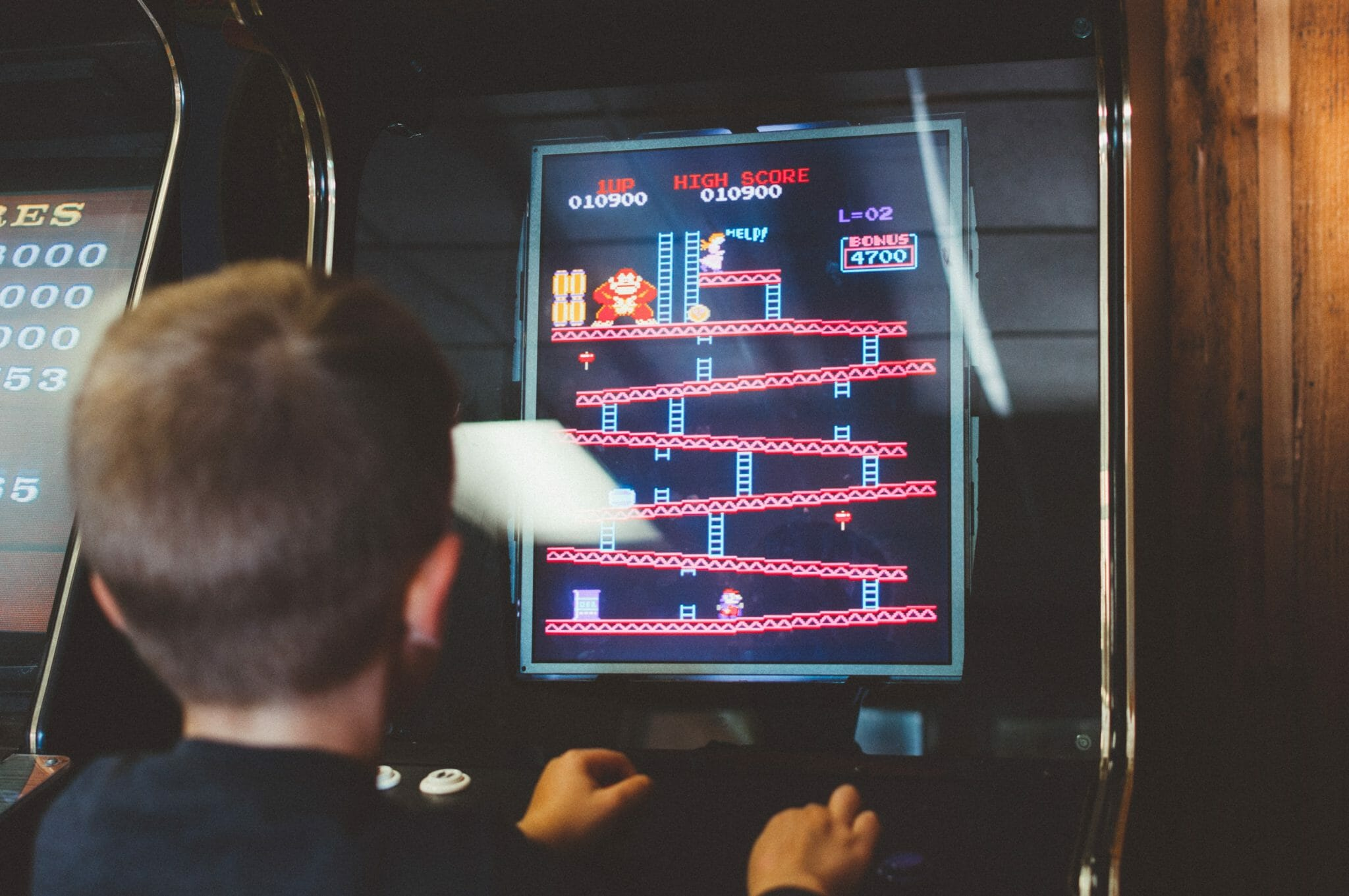 A Retro game being played
